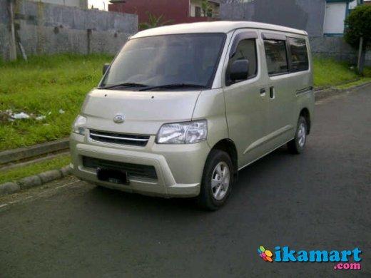 Jual Daihatsu Grand Max Tahun 2008 Familia