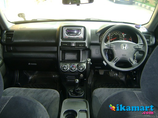 Jual honda crv 2 0 manual 2006 facelift silver stone mobil for Honda crv 2006 interior