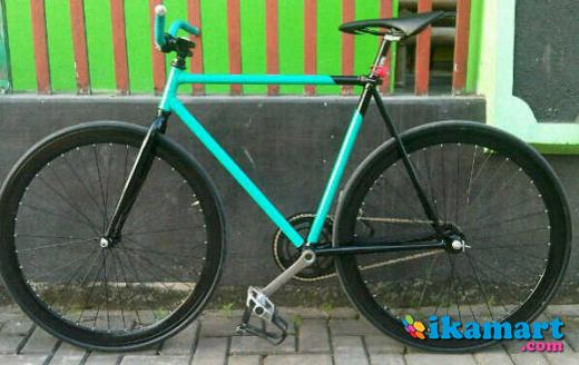 Jual fixie gear hijau tosca jogja Sepeda