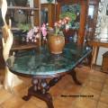 Meja marmer hijau oval 90 x 170 cm