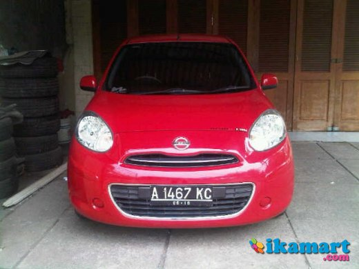 nissan march 2011 a t 1.2 merah mulus