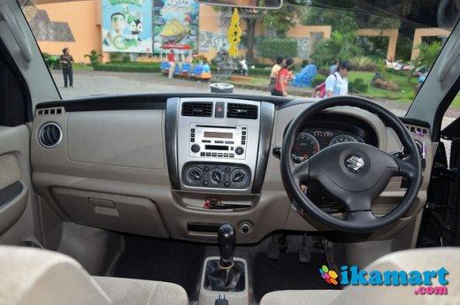730+ Gambar Mobil Suzuki Apv 2012 HD Terbaik