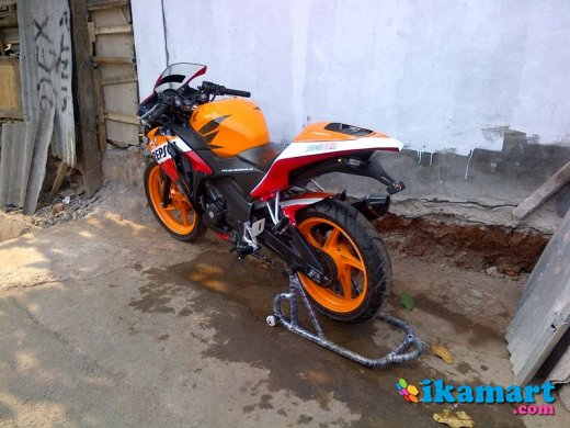 modifikasi cbr 150 new repsol terkeren