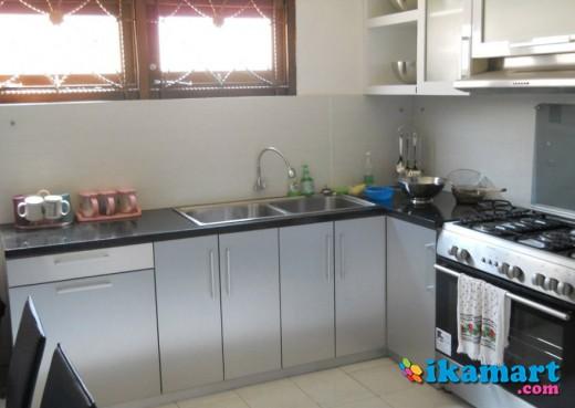 MebeL Meja Dapur Peralatan Rumah