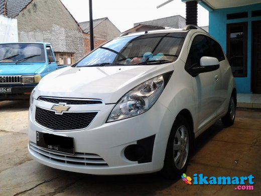 chevrolet all new spark 2011 putih mulus low km