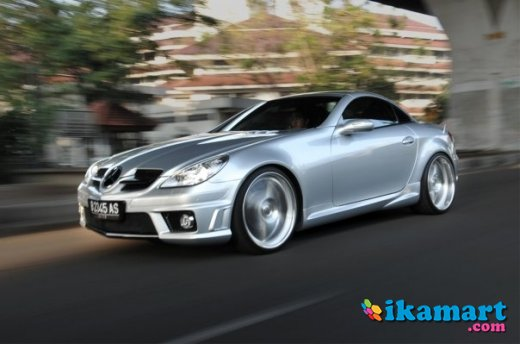 jual slk 200 silver in red 2005 low mileage