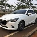 Mazda 2 GT Skyactiv 2016 A/T White metallik Kondisi Orisinil, Low Km, Antik, DP Minim