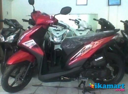 Honda Beat FI CW 2013 Baru Kredit DP 700 Ribu