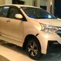 Daihatsu Xenia 2015 Great New ( Promo Kredit ) *