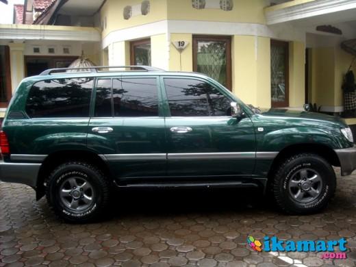GREEN Toyota Landcruiser VX 4.2 Turbo Diesel AT 4X4 2003 Bandung Euuy