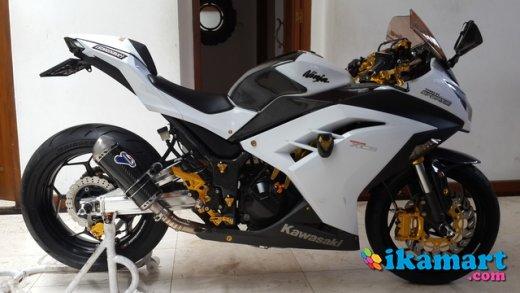 Dijual Kawasaki Ninja 250 Fi Putih 2012 Motor
