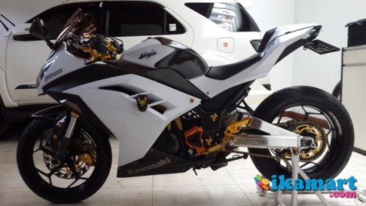 kumpulan modifikasi ninja 250 fi warna putih
