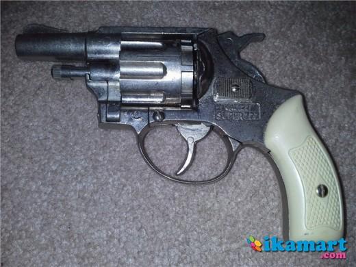 Revolver  22 Cal Blank