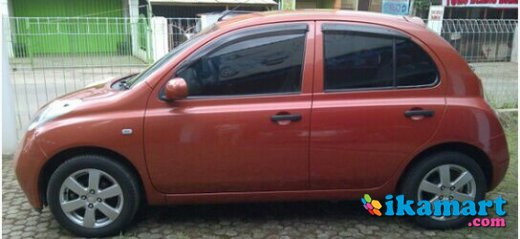 jual nissan march at 2004 orange