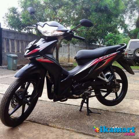 Jual Honda Absolute Revo 2010 Cw Hitam Motor