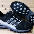 Sepatu Trail Running Adidas Kanadia TR5