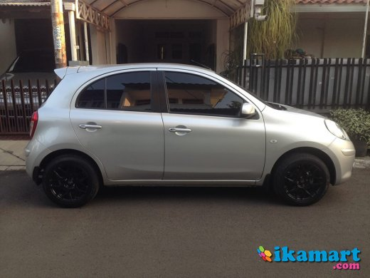 jual nissan march 2012 mt silver