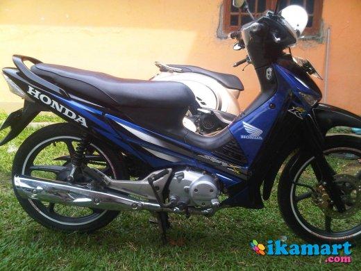 Jual Cepat Honda Supra X 125 Cw Biru Hitam Th 2006 Mulus Motor Bekas Honda Supra X 125