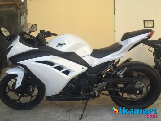 Kawasaki Ninja 250 FI 2012 White
