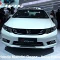 Honda New Civic kini tampil lebih agresif dan sporty.