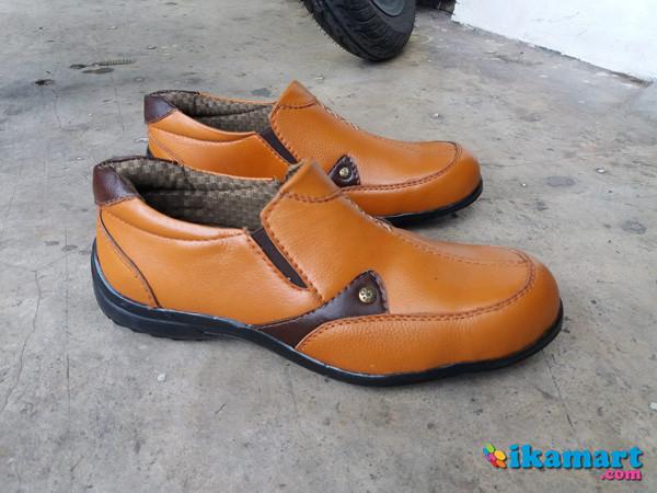JUal Murah Sepatu Safety Wanita Dozzer 401 bd05c8cd7e
