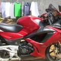 Bajaj Pulsar 220F merah FULL FAIRRING GSX 600. NEGO MURAH
