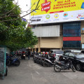 Disewakan Stan kosong cocok untuk Usaha di Surabaya . Pasar Tunjungan