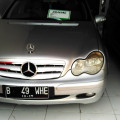 Mercedes Benz C200 Classic AT Tahun 2002
