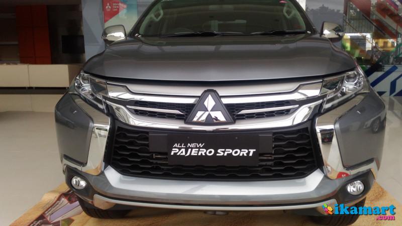 Harga Mitsubishi Pajero Sport Dakar 4x4 AT 2017  Mobil