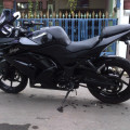 Kawasaki Ninja 250cc karbu warna hitam th 2008