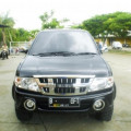 ISUZU PANTHER GRAND TOURING HITAM 2012