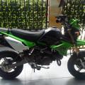 kawasaki KSR tahun 2012 warna hitam hijau putih