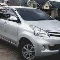 Daihatsu Xenia Silver 2015