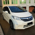 Honda Freed SD AC Double Facelift Putih 2013