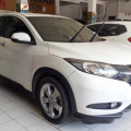 Honda Hrv E AT 2015 KM rendah
