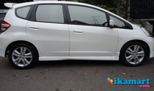 honda all new jazz rs a t white pearl 2010