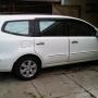 Jual Nissan Grand Livina Warna Putih XV M/T Dec 2010 (Kilometer baru 2ribuan).