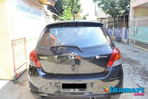 jual over kredit toyota yaris 2009 hitam s limited a t bdg