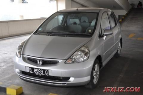 97 Koleksi Gambar Mobil Honda Jazz 2005 Matic HD