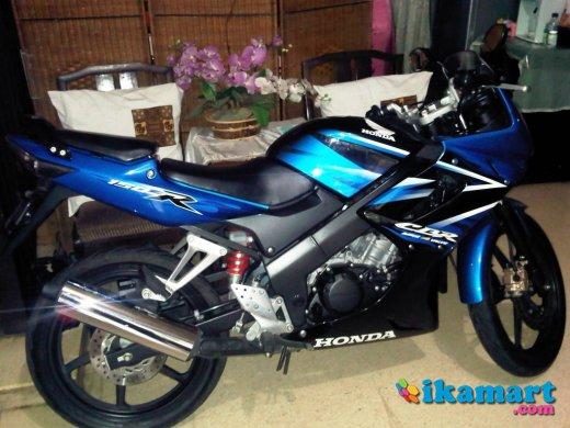 Jual Motor Honda CBR 150R Tahun 2010 BEKAS