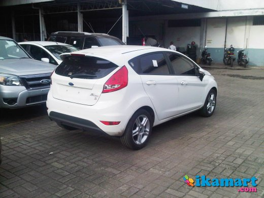 new price and new promo ford fiesta sport 1600cc a t 2012 tdp mulai 60 jt an cicilan s d 5. Black Bedroom Furniture Sets. Home Design Ideas